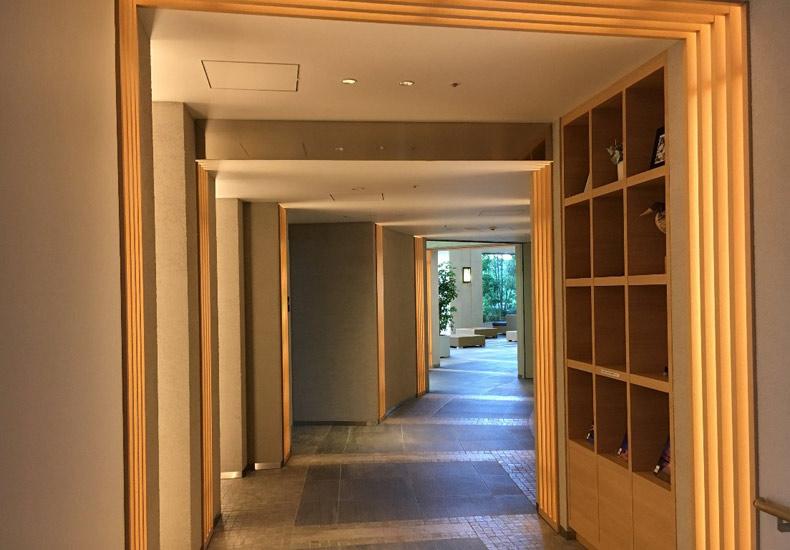 富久クロスコンフォートタワー 1階廊下 イメージ