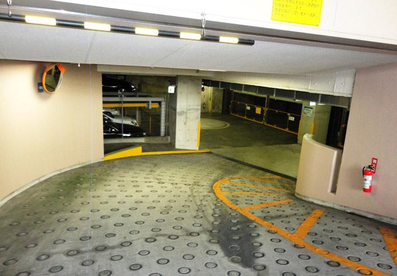 クレッセント西蒲田 駐車場 イメージ