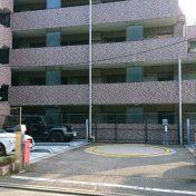クレッセント上野毛III駐車場サムネイル